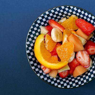 Salades fraises, orange, melon
